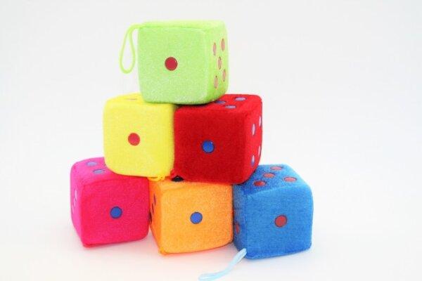 Würfel, 7, 5cm, 6 verschiedene Farben