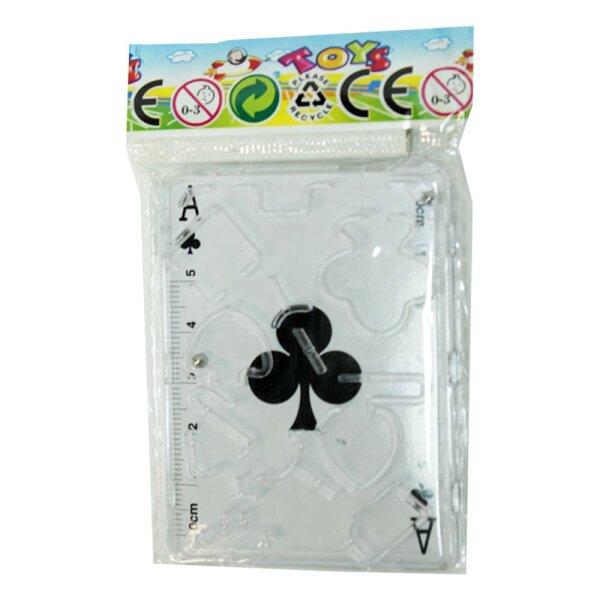 Geduldsspiel mit Kartenblatt im Hintergrund