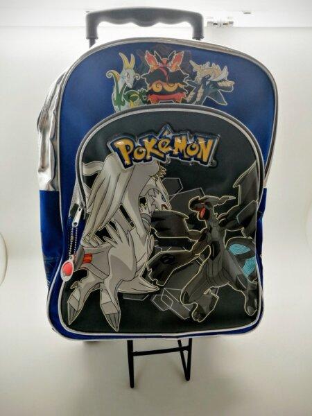 Pokemon Rucksack und ziehbarer Koffer