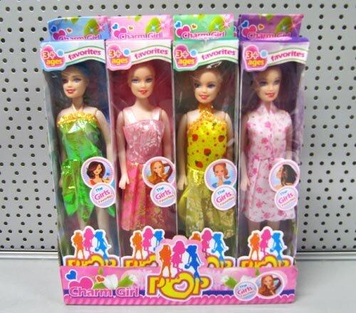 Puppe mit Kleid in Sichtbox