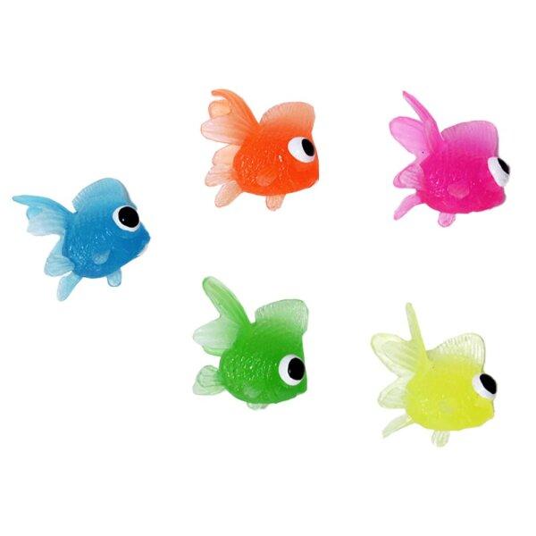 Künstliche Fische die Schwimmen